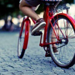 rowerem po chodniku
